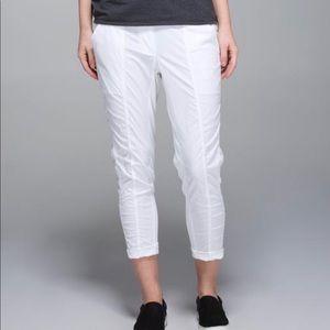 Lululemon Street to Studio Pant/Crop White 6